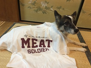 MEAT SOLDIER Tシャツ 女性