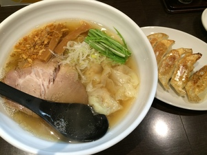 ワンタンメン 餃子